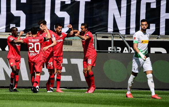 Đá bại Wolfsburg, Dortmund tăng sức ép lên đội đầu bảng Bayern Munich - Ảnh 3.