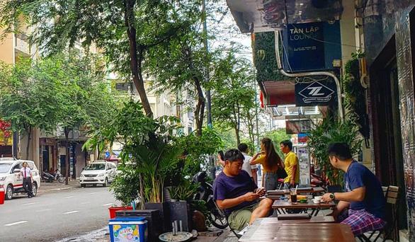 Đến Sài Gòn đừng quên uống cà phê sữa đá nhé - Ảnh 3.