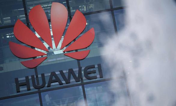 Thủ tướng Boris Johnson giảm dần dự án phát triển 5G của Huawei tại Anh - Ảnh 1.
