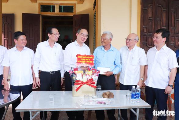 Khánh thành nhà trưng bày bổ sung và nhà bái đường quê hương Chủ tịch Hồ Chí Minh - Ảnh 5.