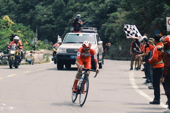 Nguyễn Hoàng Giang thắng chặng đua nhọc nhằn - Ảnh 1.