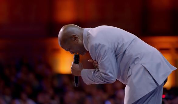 Người tù oan 37 năm gây sốt mạng xã hội khi cất giọng ở Americas Got Talent - Ảnh 4.