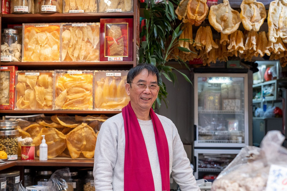 Tiểu thương Hong Kong đang sống trong sợ hãi - Ảnh 8.