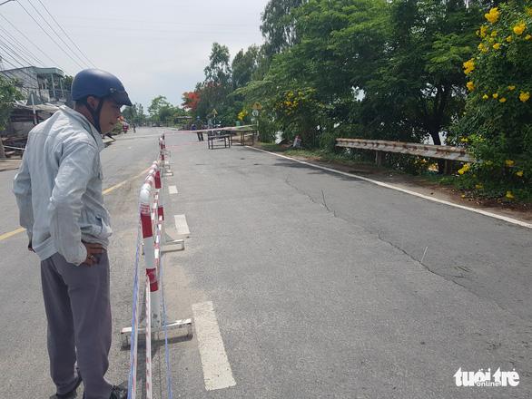 Đề nghị Thủ tướng cho nạo vét 3km bờ sông Hậu để cứu Quốc lộ 91 cũ - Ảnh 1.