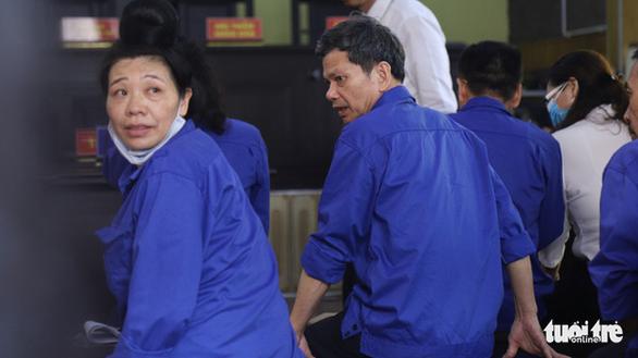 Cựu thượng tá công an Sơn La uất ức vì bị cáo buộc đưa hối lộ 1 tỉ đồng - Ảnh 2.