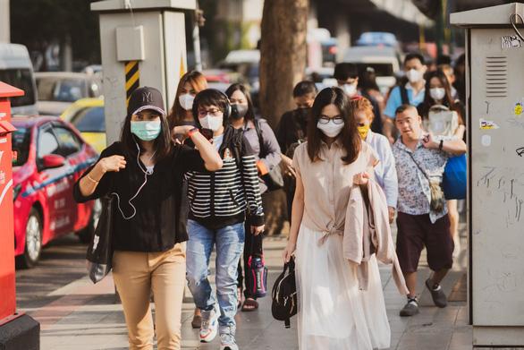 Làm sao để bảo vệ sức khỏe khi thời tiết thay đổi, ô nhiễm tăng cao? - Ảnh 1.