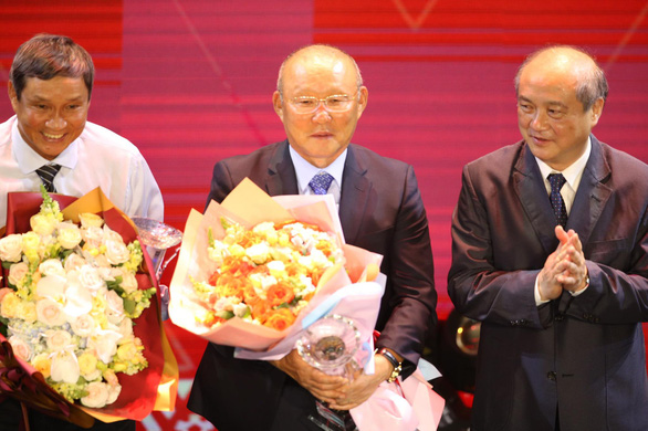 Đỗ Hùng Dũng và Huỳnh Như đoạt Quả bóng vàng 2019 - Ảnh 8.