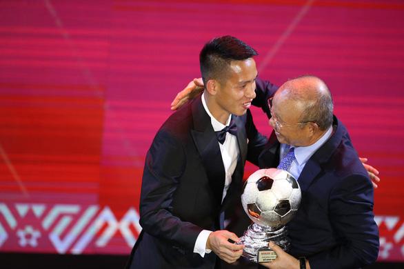 Đỗ Hùng Dũng và Huỳnh Như đoạt Quả bóng vàng 2019 - Ảnh 3.