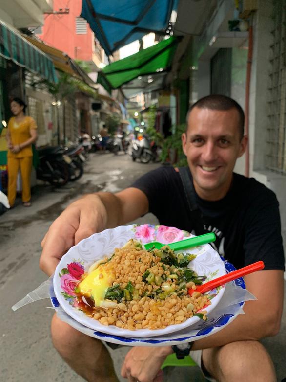 Cặp đôi blogger ẩm thực New Zealand: Về nước rồi vẫn nhớ hoài súp cua óc heo - Ảnh 3.