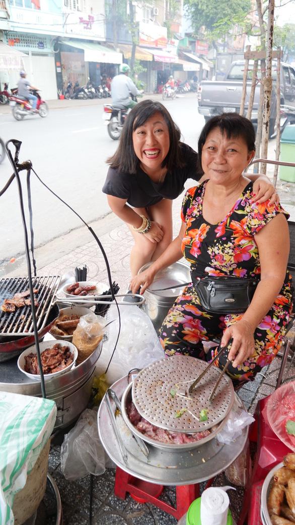 Cặp đôi blogger ẩm thực New Zealand: Về nước rồi vẫn nhớ hoài súp cua óc heo - Ảnh 6.