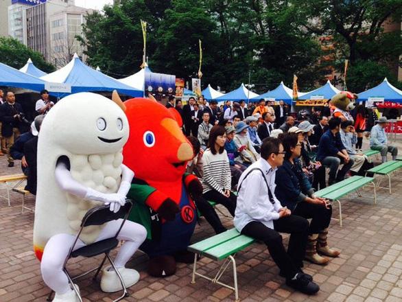 Linh vật kỳ quái Nhật Bản: Người lớn thích, trẻ em khóc thét sợ hãi - Ảnh 4.