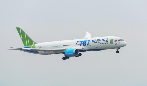 Bamboo Airways tăng tần suất chặng Hà Nội - TP.HCM lên 16 chuyến/ngày - Ảnh 1.