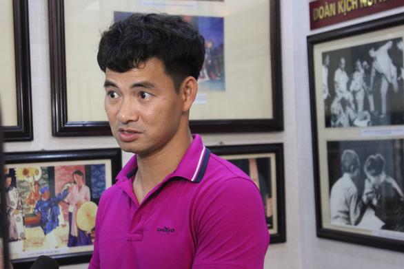 Nghệ sĩ Xuân Bắc nhắn người hâm mộ: 'Đừng ai hỏi xin vé' - Ảnh 1.