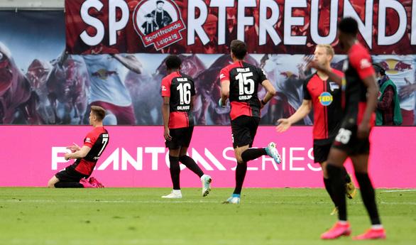 Đánh rơi chiến thắng trước Hertha Berlin, RB Leipzig cạn hi vọng vô địch - Ảnh 3.