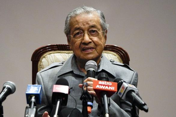 Cựu thủ tướng Mahathir Mohamad bị khai trừ khỏi đảng do mình sáng lập - Ảnh 1.