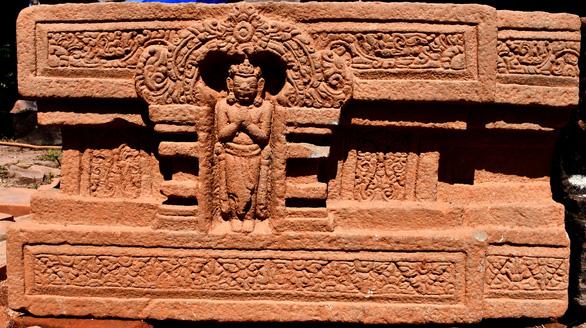 Khai quật được Linga-Yoni liền khối thế kỷ 9 lớn nhất Việt Nam tại Mỹ Sơn - Ảnh 2.