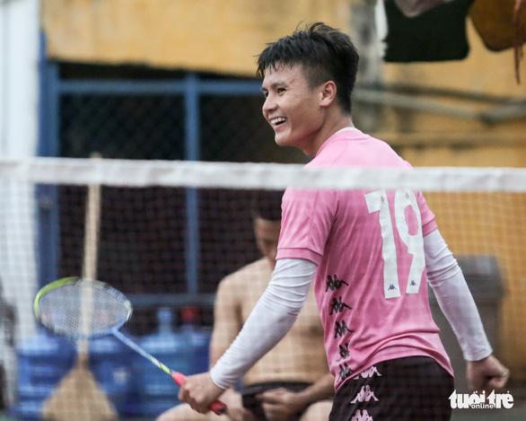 Quả bóng vàng Hùng Dũng muốn phá kỷ lục vô địch V-League, AFF Cup - Ảnh 4.