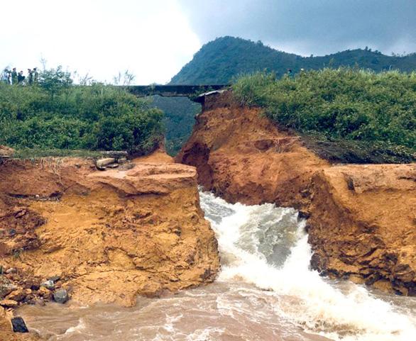 Vỡ đập thủy lợi ở Phú Thọ, di dời khẩn cấp 16 hộ dân - Ảnh 3.