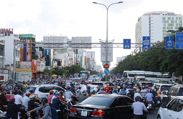 TP.HCM kiến nghị đẩy nhanh dự án 4.800 tỉ đồng ở cửa ngõ sân bay Tân Sơn Nhất - Ảnh 1.