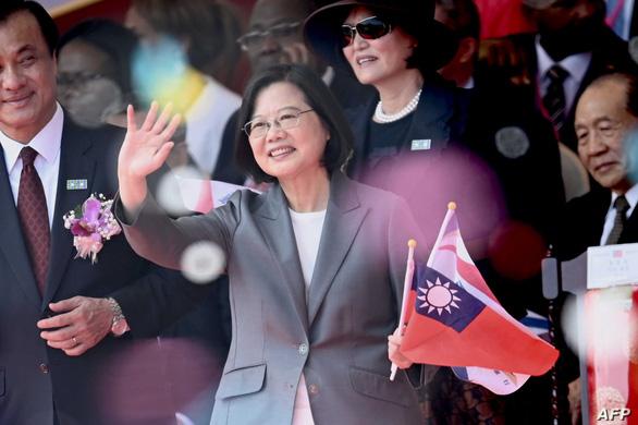 Bà Thái Anh Văn thông báo kế hoạch giúp người Hong Kong chạy sang Đài Loan - Ảnh 1.