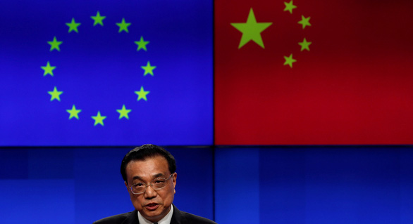 Các ngoại trưởng EU chọn chơi cứng với Trung Quốc - Ảnh 1.