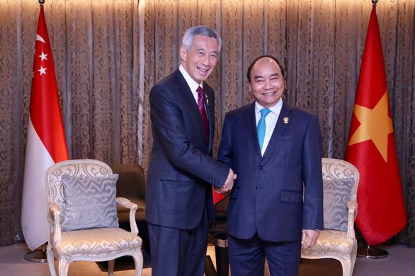 Thủ tướng Singapore Lý Hiển Long cảm ơn Việt Nam đã hào phóng tặng vật tư y tế - Ảnh 1.