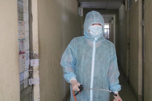 TP.HCM: bệnh nhân đầu tiên 2 lần tái dương tính SARS-CoV-2 - Ảnh 1.