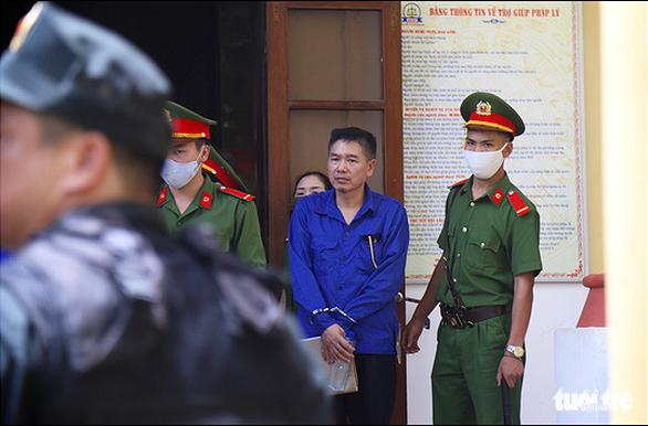 Gian lận điểm thi ở Sơn La: cựu phó giám đốc Sở GD-ĐT Sơn La lãnh 9 năm tù - Ảnh 3.
