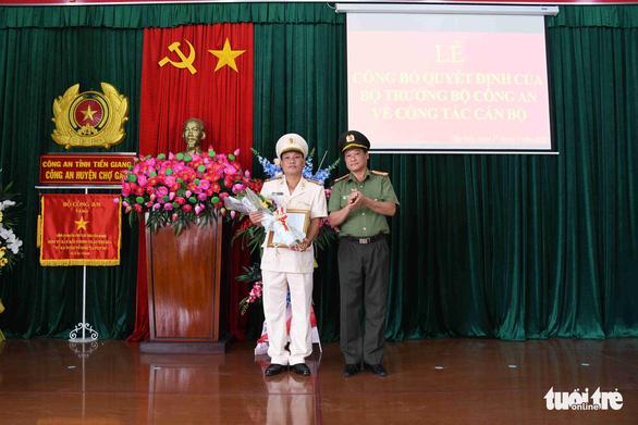 Bộ Công an điều động, bổ nhiệm 8 chỉ huy thuộc Công an Tiền Giang - Ảnh 2.