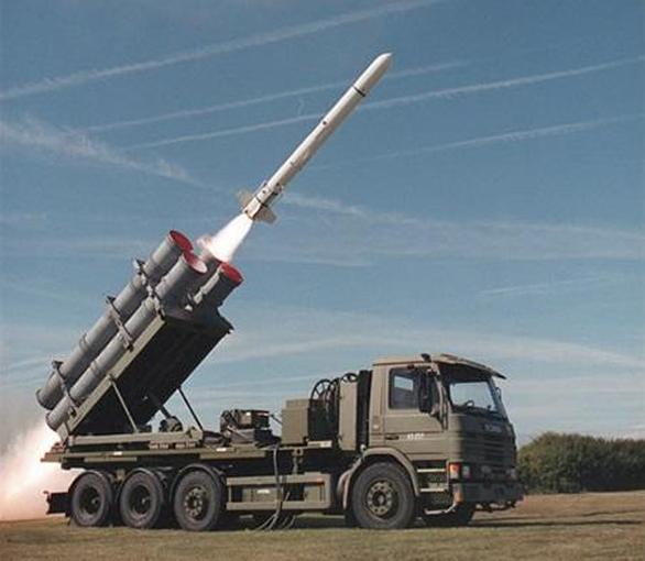 Tướng Trung Quốc dọa đánh, Đài Loan mua thêm tên lửa Mỹ thủ thế - Ảnh 2.