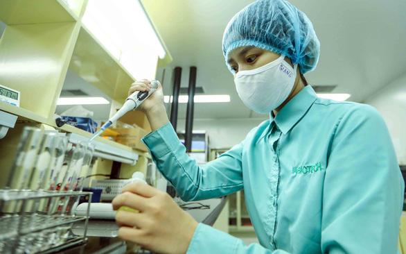 Việt Nam đã tiêm thử nghiệm vắcxin ngừa COVID-19 trên chuột - Ảnh 1.