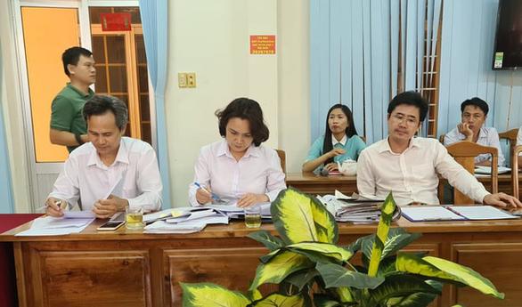 Bị cáo nhảy lầu tự tử sau tuyên án: TAND tỉnh Bình Phước nói hoàn toàn công tâm, vô tư - Ảnh 3.
