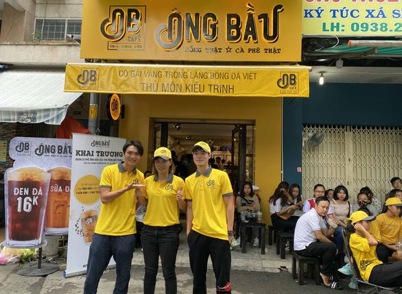 Cựu Quả bóng vàng nữ Việt Nam Kiều Trinh mở quán cà phê - Ảnh 1.
