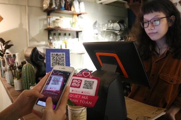 Thủ tướng cho phép thí điểm 'tiền di động', dùng tài khoản viễn thông để tính tiền - Ảnh 1.