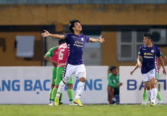 Bỏ lỡ hàng loạt cơ hội, CLB Hà Nội vẫn thắng đậm Đồng Tháp - Ảnh 1.