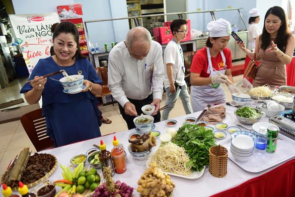 Chuyên gia ẩm thực Phan Tôn Tịnh Hải: Kích cầu từ những điểm đến ẩm thực - Ảnh 1.