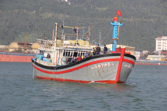 Ngư dân Việt Nam: Lệnh cấm đánh bắt của Trung Quốc phi lý, vô giá trị - Ảnh 1.