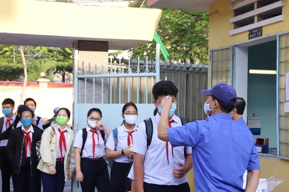 Sáng nay 4-5, học sinh 63 tỉnh thành trở lại trường - Ảnh 19.