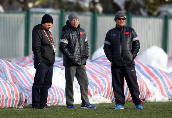 Bóng đá Việt Nam sắp chia tay giám đốc kỹ thuật giỏi người Đức - Ảnh 2.