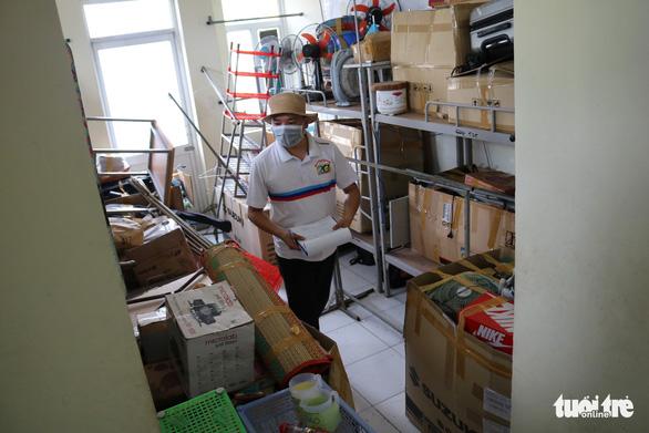 Ký túc xá ĐHQG TP.HCM dọn dẹp 6.000 phòng đón sinh viên trở lại - Ảnh 2.