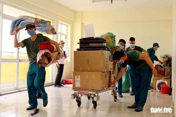 Ký túc xá ĐHQG TP.HCM dọn dẹp 6.000 phòng đón sinh viên trở lại - Ảnh 4.