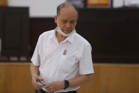 Hai cựu chủ tịch Đà Nẵng và Phan Văn Anh Vũ tiếp tục hầu tòa - Ảnh 1.