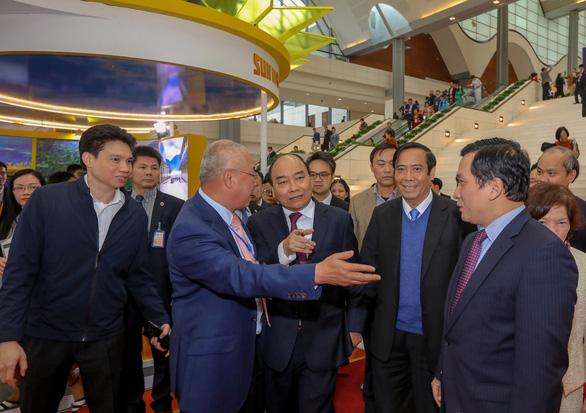 Ngày 9-5, Thủ tướng đối thoại trực tuyến với doanh nghiệp hậu COVID-19 - Ảnh 1.