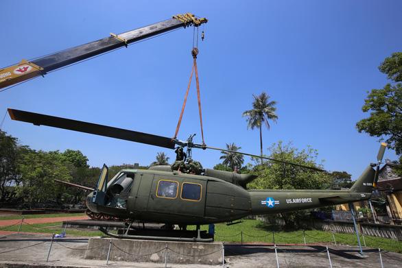Di dời máy bay, xe tăng ở Bảo tàng lịch sử Huế về nơi mới - Ảnh 7.