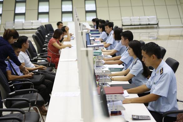 TP.HCM chi hơn 18.000 tỉ đồng thu nhập tăng thêm trong 3 năm - Ảnh 1.