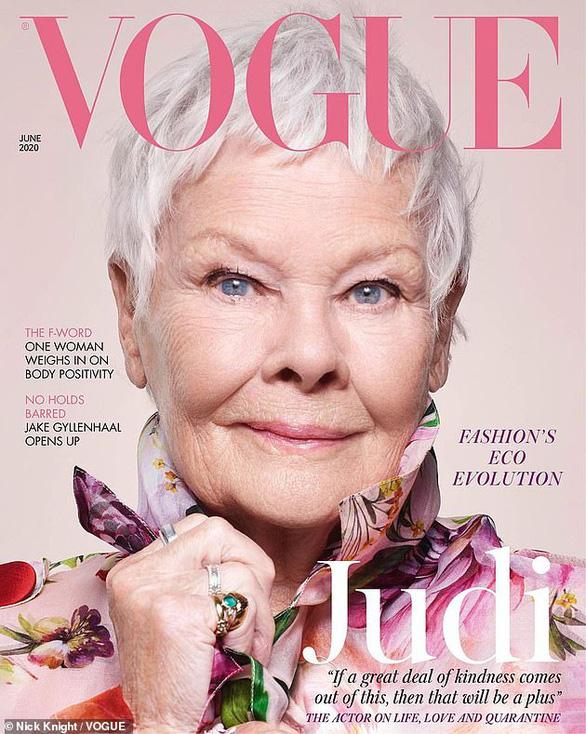 Quý bà 007: gương mặt cao tuổi nhất trong lịch sử 104 năm của bìa Vogue Anh - Ảnh 1.