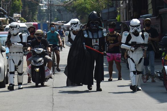 Các nhân vật Star Wars bỗng xuất hiện giúp Philippines chống virus corona - Ảnh 1.