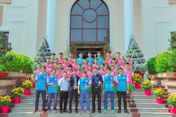 Vụ cầu thủ trẻ Đồng Tháp tiêu cực: Huỳnh Văn Tiến sẽ nhận án phạt nặng - Ảnh 1.