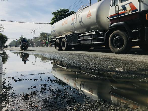Khởi công dự án xóa ngập nước dài 5 km đường Huỳnh Tấn Phát - Ảnh 2.