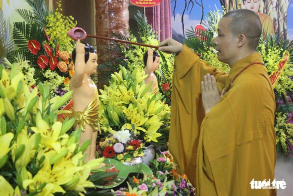 Gửi thông điệp nhân loại phải thức tỉnh dịp lễ Phật đản - Ảnh 3.